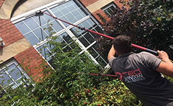 Milton-keynes-window-cleaner.jpg